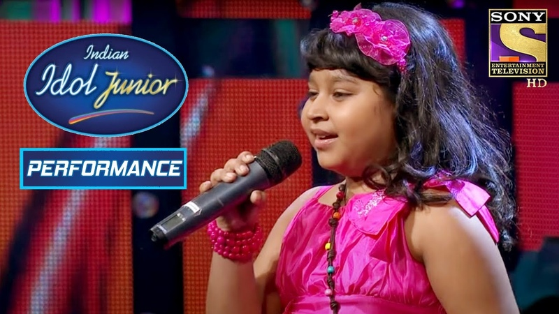 Sonakshi Recieves A Standing Ovation Indian Idol Junior
