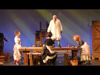 Un playboy de peste deal (Teatrul Municipal Matei Visniec Suceava)