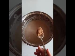 Бананово-шоколадные панкейки.mp4