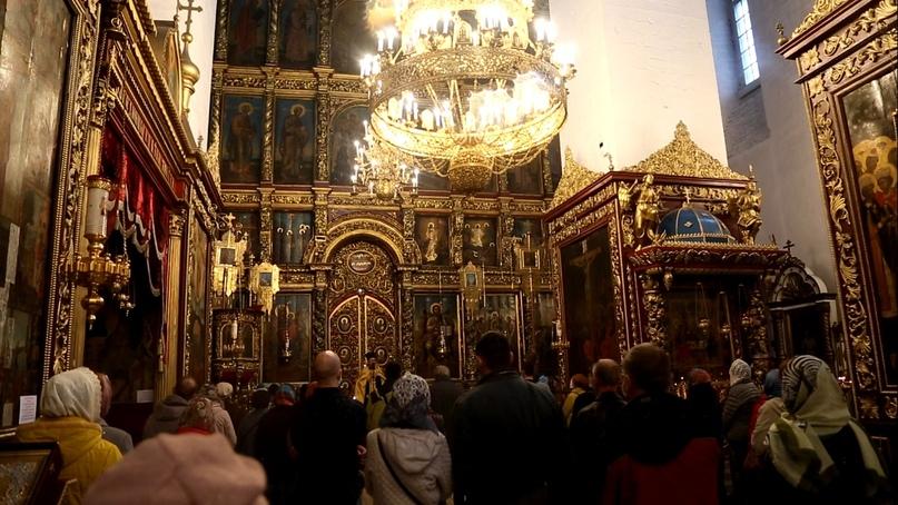 «Православные добровольцы» вместе с добровольцами кинокомпании «Союз Маринс Групп» совершили путешествие в исторические места Псковской области, изображение №12