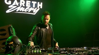 Barthezz - On The Move + Marco V - Simulated (Radion6 Remix) [Gareth Emery Live]