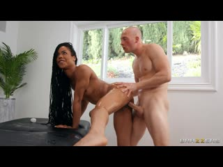 [Brazzers] Kira Noir - Stone Cold Massage [Anal Sex, Piercing, Tattoo, Athletic, Ebony, Fingering, Blowjob]