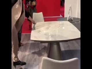 Оригинальный стол-трансформер Торнадо -