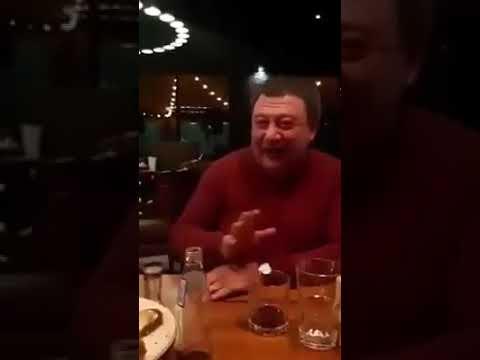 Как Радуцкий поёт на кануне выборов