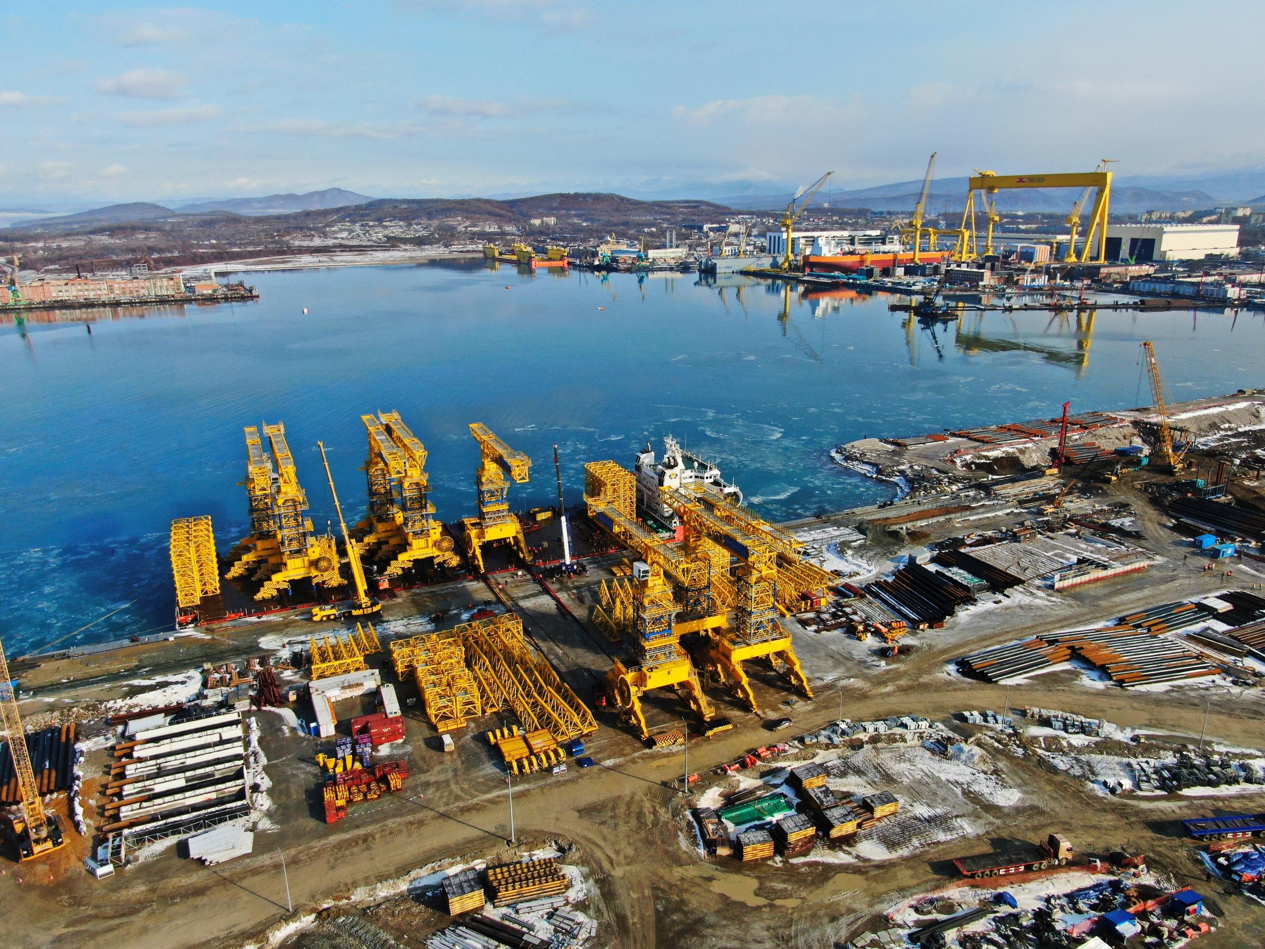 Russian Civil Shipbuilding Sector - Page 3 Q71LUyctU2E