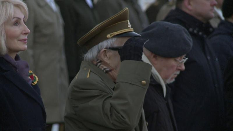 Vasario 16 d minėjimas prie partizanų generolo Jono Žemaičio Vytauto paminklo
