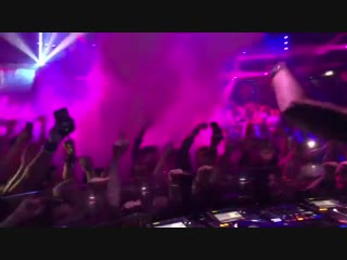 """Tiesto """"this track was stuck in my head all night 🎉🎉 """""""