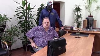Оперативники ФСБ задержали председателя комитета соцзащиты Саратова