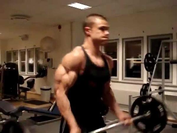 Heavy biceps curls 65 kg massive biceps totally shredded