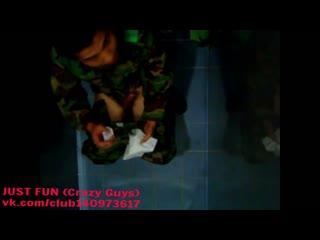 Солдат wanking asia* член хуй cock penis soldier caught wank jerk дроч public toilet spy