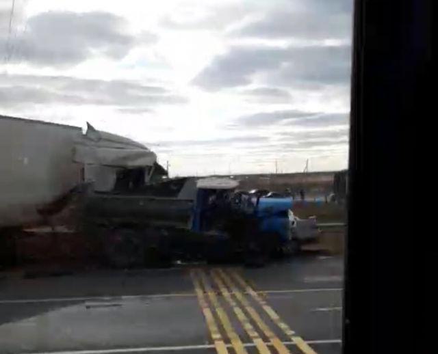 Водитель ЗИЛа погиб в массовой аварии в Самарской области