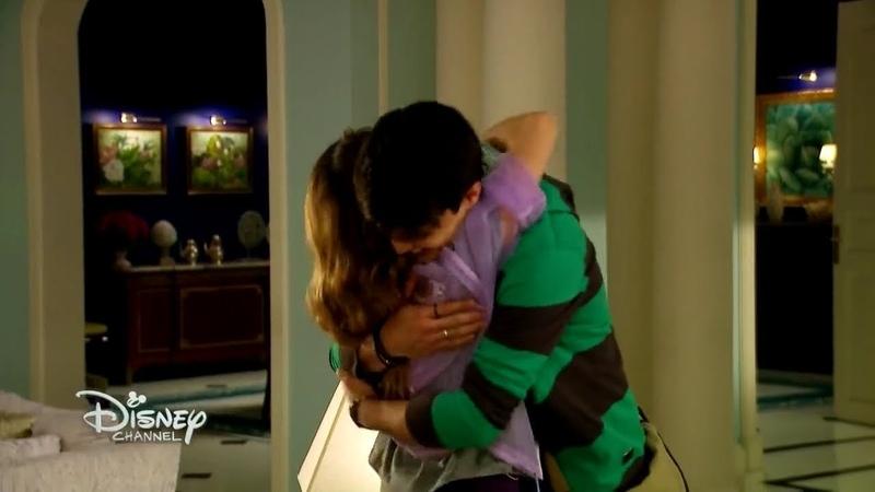 Soy Luna 3 - Míchel le dice a Luna que Matteo la Quiere Mucho y se Despiden - Capitulo 53