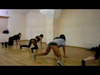 Танец Реггетон в Пензе