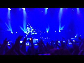 Bullet For My Valentine - Tears Don't Fall (Live A2 )