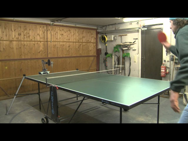 Mann gegen Maschine - Ulf Hoffmann Tischtennis Roboter (UHTTR-1)