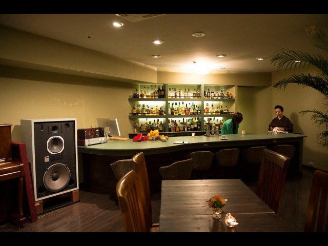 赤坂 新規バー12469;ロン『のら犬』JBL 4343B for new Bar salon Norainu in Akasaka Tokyo. Sound designed by KENRICK