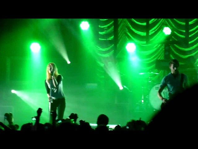 Paramore - Decode - (Hayley lost her voice) - Pomona 09/29/09 Live HD