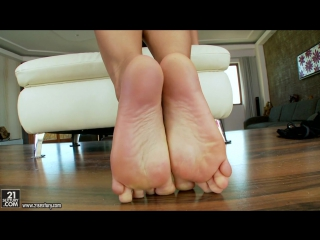 21sextury - christina bella - christinas heavenly feet  solo экзотика 21+