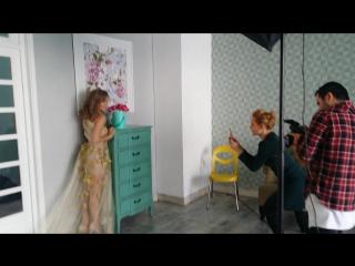 Фотосессия с прекрасной актрисой Виктория Клинкова (Физрук) для цветочного бутика @fleurs_premium в Cross studio