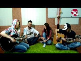 show MONICA Cover - Paramore - Misery Business