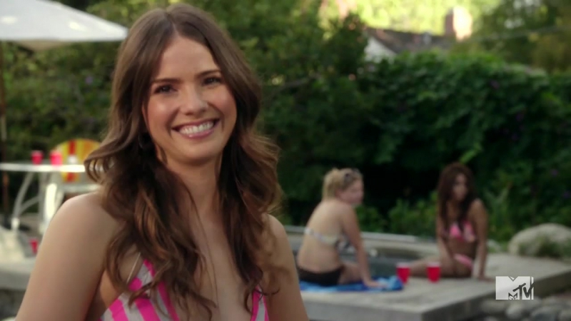 Shelley Hennig Sexy Zach Stone Is Gonna Be Famous (2013) S01 E02
