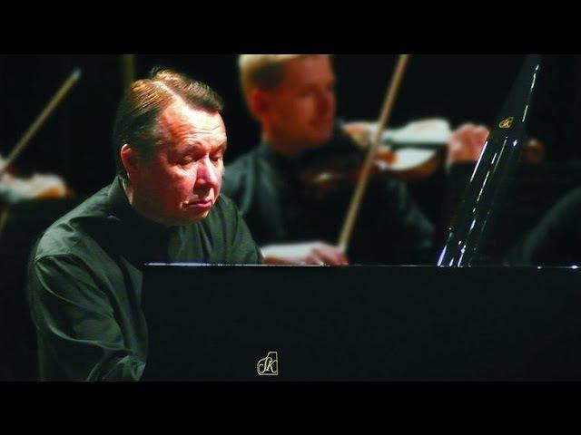 Mikhail Pletnev plays Schumann - Piano Concerto (Budapest, 2016)