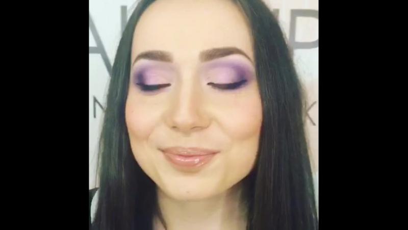 Мини трансляция с наших уроков по макияжу @ школа макияжа Инны Колчик ✌️ Ученица Наташа Модель @nastia lukyanenko смотреть онлайн без регистрации