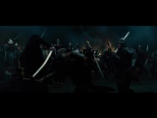 Дракула (2014). Осада турками города. Ночное сражение у стен.