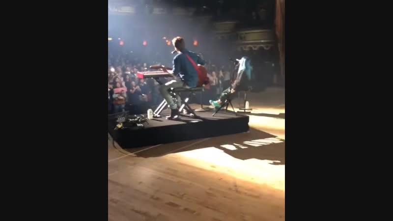 Billie Eilish Finneas live Concert For Tommy's Field Los Angeles смотреть онлайн без регистрации
