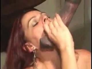 секс видео извращения с культуристками