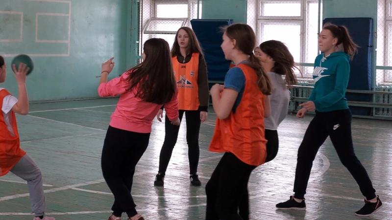 Первенство МОУ СОШ РЦО девочки - гандбол 2ч-2018г.