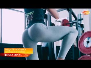 Валентина Зорина (Россия) - красивая фитнес-бикини модель и гимнастка. Как сесть на шпагат. С чего начать. Рекомендую!