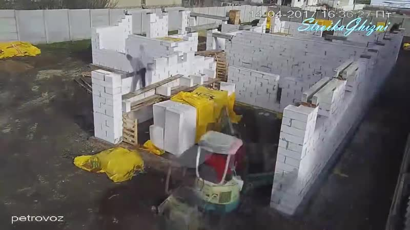 Строительство капитального дома за 4 минуты [Timelapse]