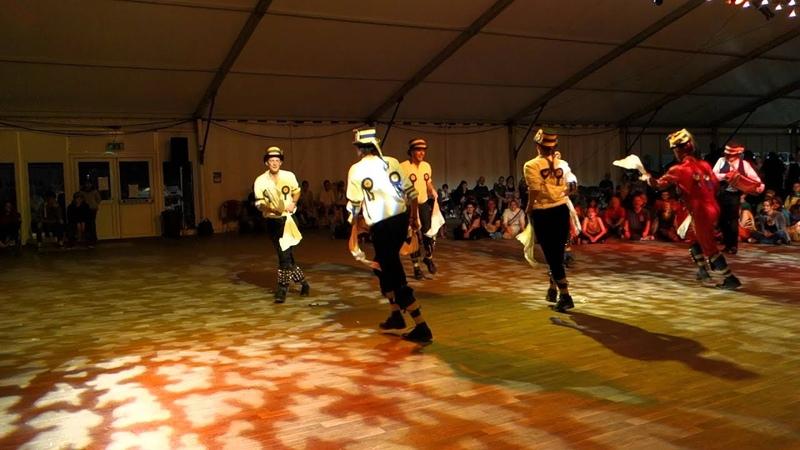 Hammersmith Morris @ Shrewsbury Folk festival 2012, Webley leapfrog dance