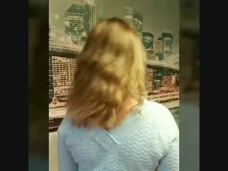 Волнистые и кудрявые волосы для наращивания Не все девушки подвержены веяниями моды и  не все  выглажиают до зеркального блеска