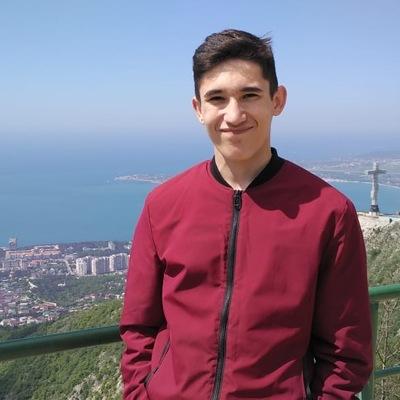 Рустам Хасаншин
