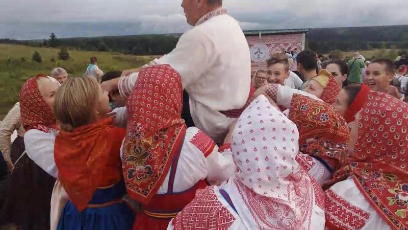 На братчине в Смольянке Фестиваль Деревня Душа России