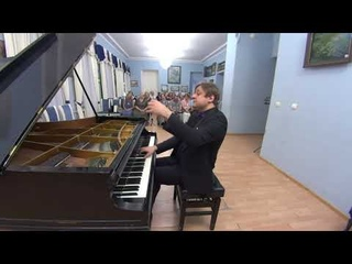 Peter Laul plays Rachmaninov 3 Preludes, 2 Moments Musicaux, Daisies