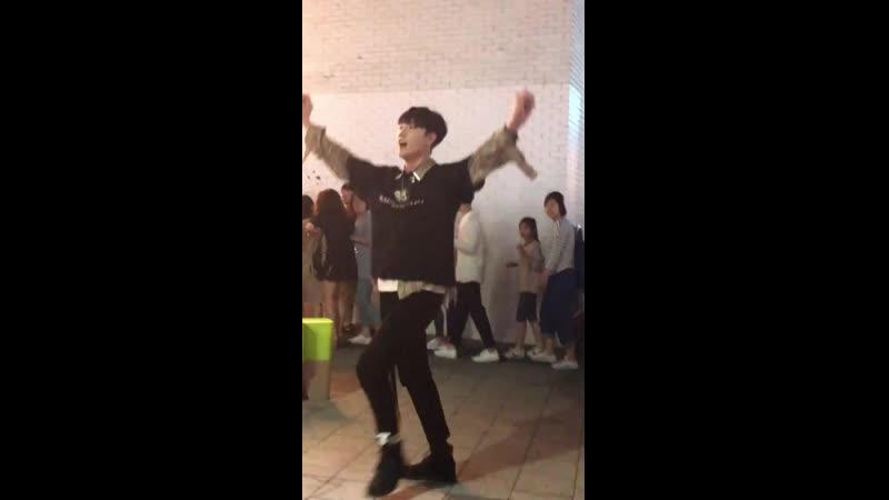 _hourglass_flowing_sand_ . . . . . . . - 맥스 - hongdae - 홍대 - 버스킹 - 공연 - kpop - 안무 - 커버 - 댄스 - coverdance - 홍대버스킹 - ( 1680 X 108