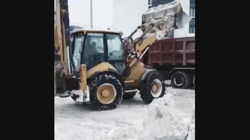 Вывоз снега с Древлянки-8