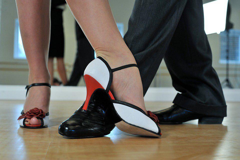 Занятия танцами для жителей старшего возраста стартовали в Некрасовке