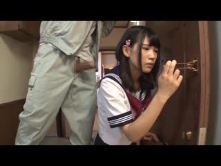 The repairman and the japanese schoolgirl(1-Aoi Shirosaki)