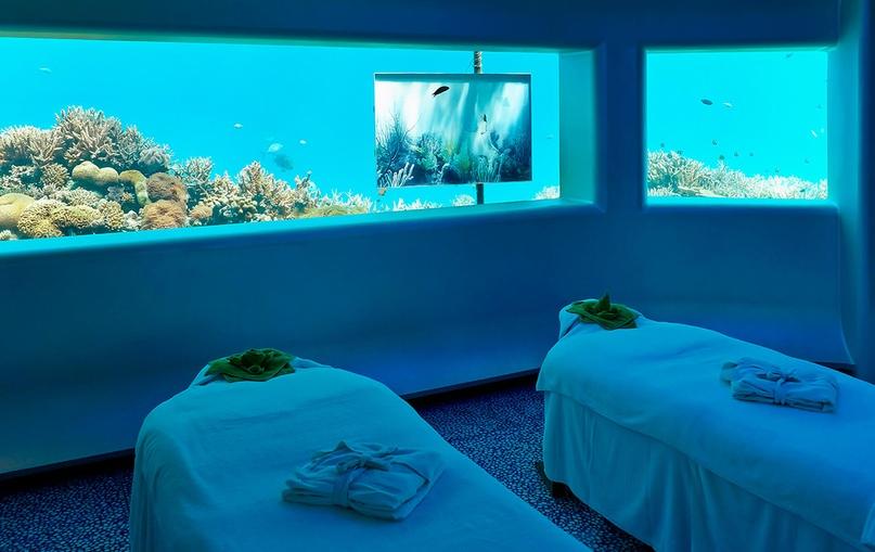 Отель Poseidon Undersea Resort, изображение №5
