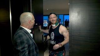 David Lee Roth Surprises fan at bachelor party in Las Vegas..