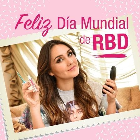 """Mirada fLash México on Instagram Desde hace 15 años todos somos rebeldes DiaMundialDeRBD 💕📓"""""""