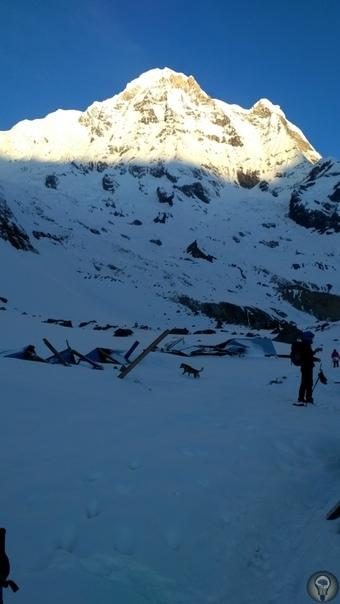 Непальские приключения: базовый лагерь Аннапурны. День 8 ABC (4130) MBC Нижний Синува Ночь перед финальным выходом в ABC выдалась тихой и ясной. Несмотря на все волнения, холод, бессонницу и