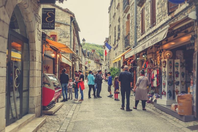 Рокамадур – потрясающая вертикальная деревня во Франции, изображение №7