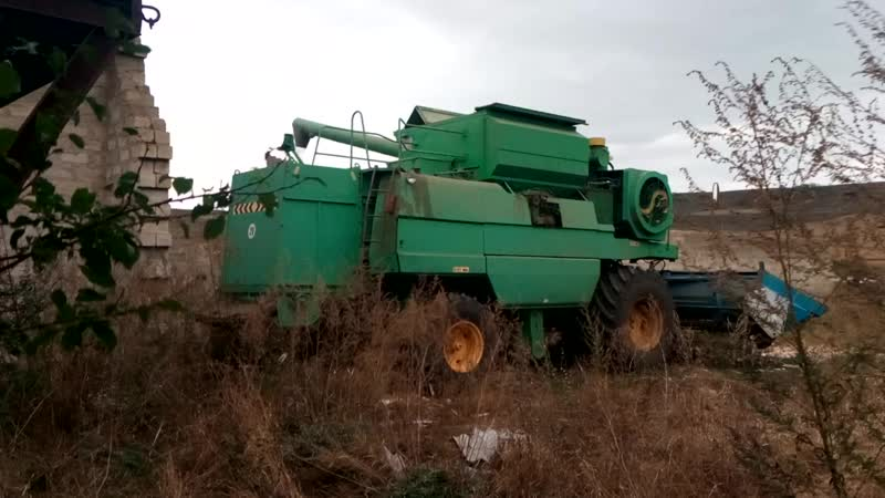 засыпка зерна в сарай