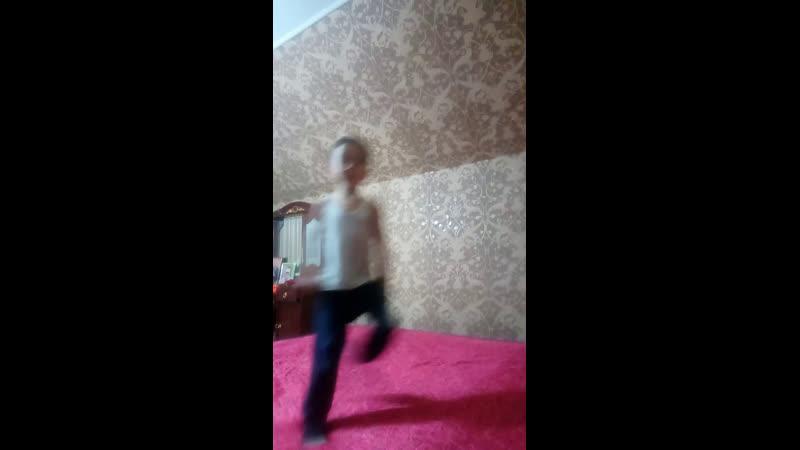 Конор Макгрегор против Хабиб