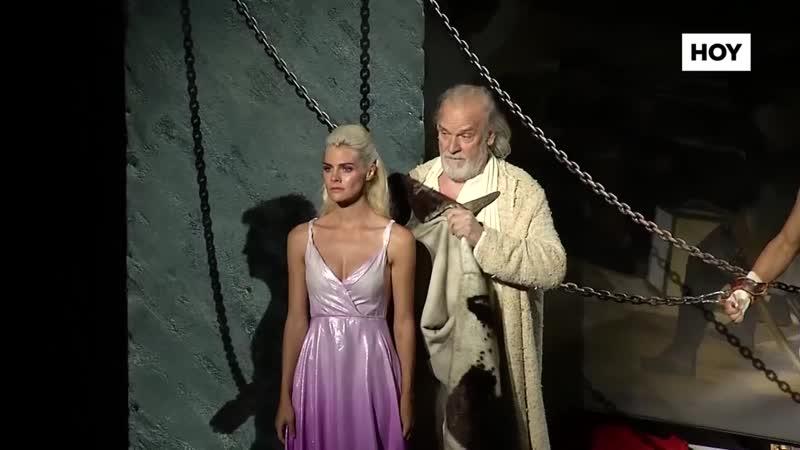 El Teatro Romano se llena para el estreno de Prometeo en el Festival de Teatro de Mérida